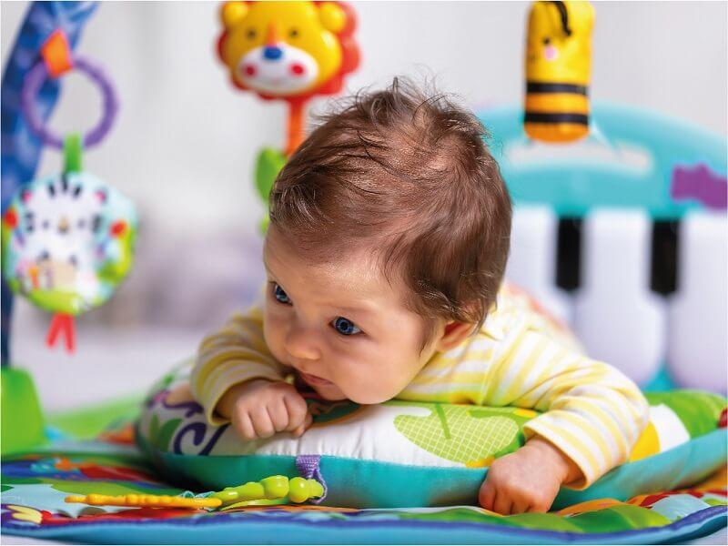 Tummy Time Bebek Aktivitesi Minderli Zemin